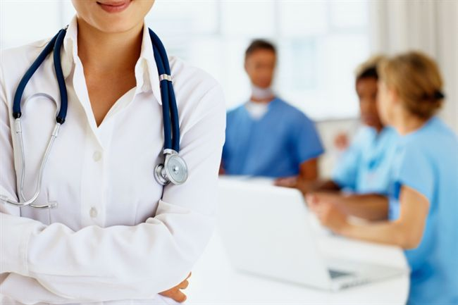 Ohio State University Medical Students Studying under the Guidance of Doctor Chris