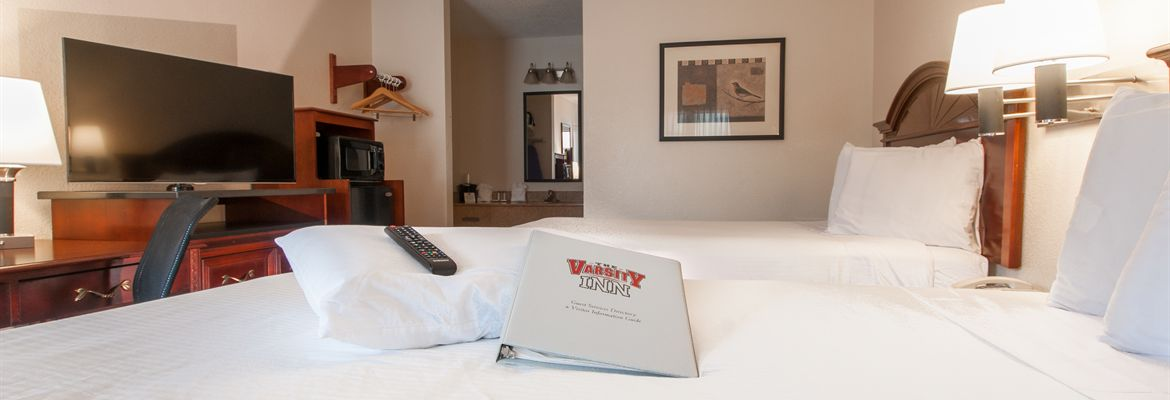 Room at Varsity Inn Hotel in Downtown Columbus Ohio